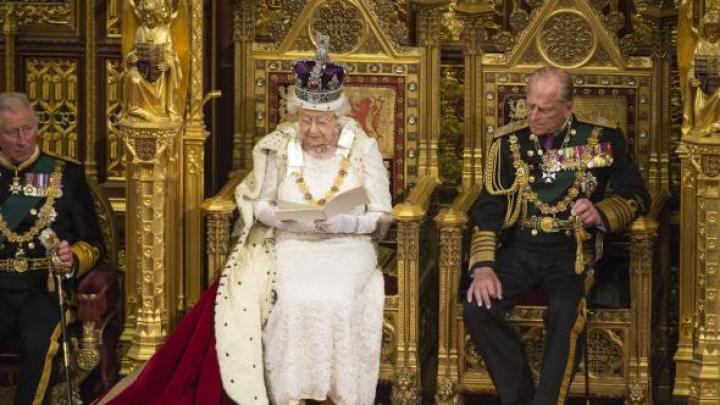 Prințul Philip, soțul reginei Elisabeta a II-a, se va retrage din viața publică