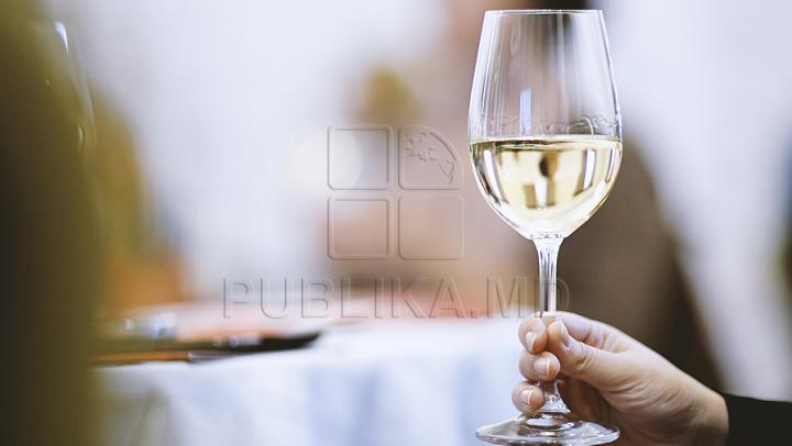 STUDIU: Oamenii preferă anumite băuturi pentru efectul lor, nu pentru gust