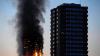 Incendiul din Londra. Un copil a fost aruncat de la etajul 10 pentru a fi salvat de flăcări (VIDEO)