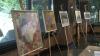Pictorii autohtoni şi-au vândut tablourile pentru a-i ajuta pe copiii născuţi prematur