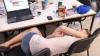 STUDIU: De ce ajung oamenii să doarmă din ce în ce mai puţin