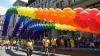 Parada gay din New York. Străzile au fost transformate în curcubeu. GALERIE FOTO