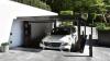 Cum ar fi să ai un garaj invizibil? O companie italiană a găsit soluţia perfectă pentru curţile mici