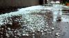 Grindină cât OUL DE GĂINĂ în Krasnodar. Ploaia a avariat zeci de maşini