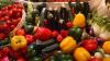 Dece nu merită să dăm bani în plus pe legumele și fructele organice