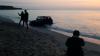 AMENDĂ URIAŞĂ pentru un şofer care şi-a parcat maşina pe plaja din Vama Veche (VIDEO)