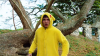 Pikachu în viaţa reală. Trei amatori de parkour s-au distrat jucând Pokemon Go