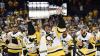 """Nebunie la Pittsburgh! Mii de oameni au sărbătorit după ce """"pinguinii"""" au cucerit Cupa Stanley"""