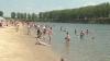 Caniculă în Moldova. Oamenii au luat cu asalt plaja de la Vadul lui Vodă şi piscinele din Capitală