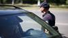 Poliția caută un bărbat care a comis ESCROCHERII IMENSE. Sună dacă l-ai văzut