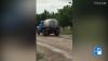 Poliţia a deschis o ANCHETĂ în cazul şoferului care descărca fecale pe un drum de lângă Ungheni