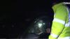 SCANDAL la Botanica! Un tânăr drogat a pus la încercare nervii poliţiştilor (VIDEO)