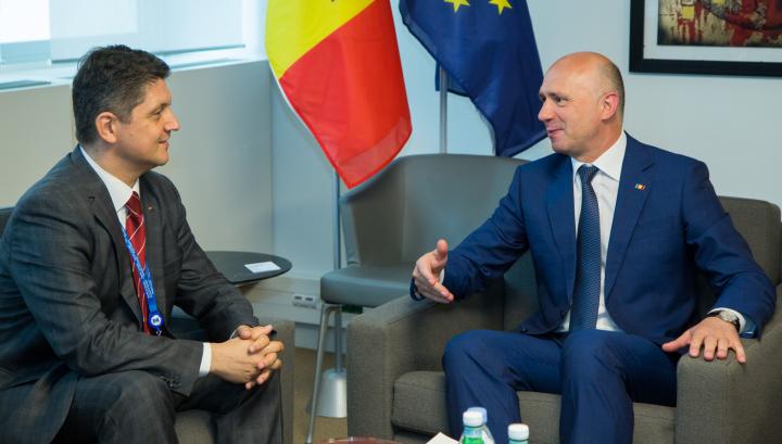 Pavel Filip s-a întâlnit cu delegaţia României la APCE. Corlăţean a subliniat importanța menținerii cursului european al Moldovei