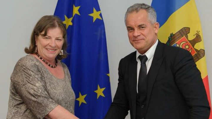 Vicepreședintele grupului ALDE din Parlamentul European spune că UE nu trebuie să condiționeze finanțarea pentru Moldova cu păstrarea sistemului electoral (FOTO)