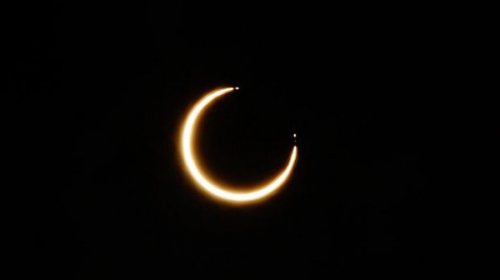 Fenomen astronomic spectaculos. Eclipsă totală de soare în Statele Unite