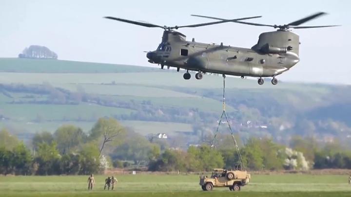 Exerciții NATO de amploare, în apropiere de Rusia. Sunt implicați SUTE de militari si BOMBARDIERE americane