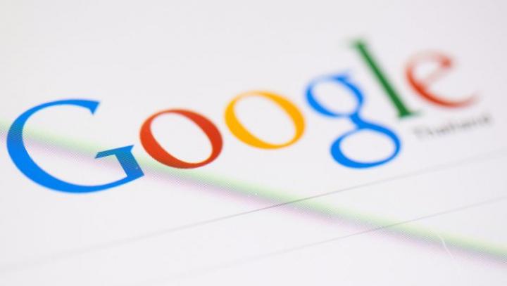 """Ce se întâmplă când cauţi """"X şi 0"""" pe Google? Rezultatul este NEAŞTEPTAT"""