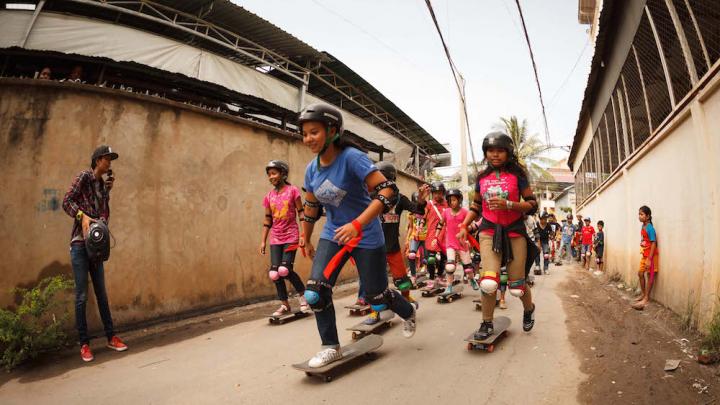 O mașină a intrat din plin într-un grup de skateri din Brazilia. Incidentul s-a produs de Ziua Mondială a Skaterilor