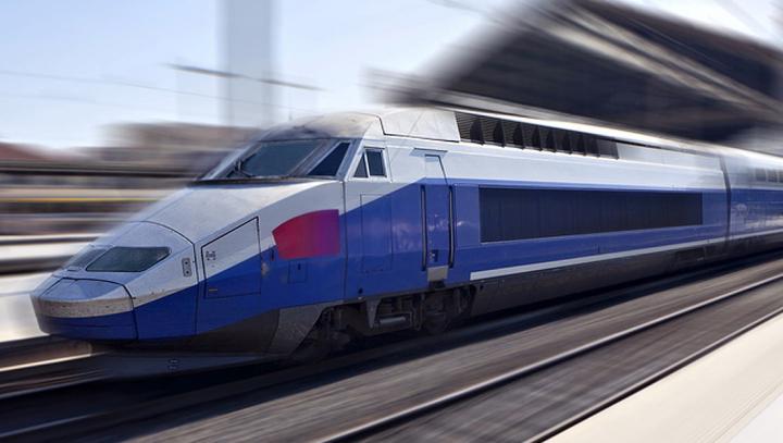 Franţa vrea să introducă tenuri de mare viteză autonome începând din 2023