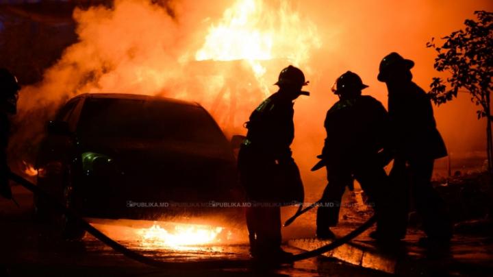 Oslo: Poliția investighează o serie de incendii de automobile