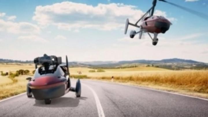 Primele maşini ZBURĂTOARE vor fi scoase în vânzare de o companie Olandeză. Când se va întâmpla şi care este preţul unui astfel de vehicul