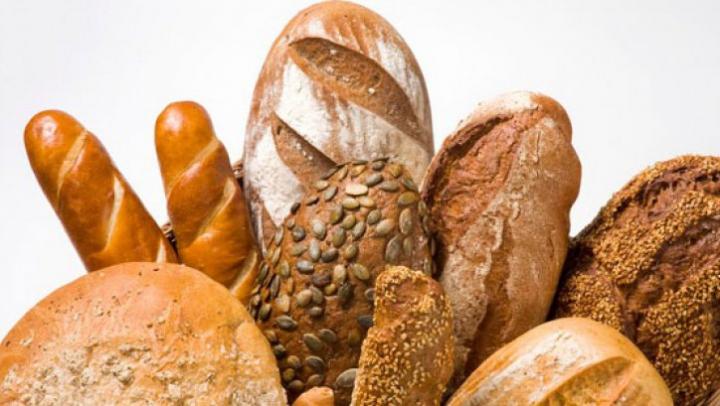 Avertismentul nutriționiștilor! Ce se întîmplă în corpul tău dacă mănânci prea multă pâine