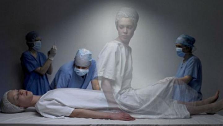Experiment făcut de un neurolog elvețian: Starea de părăsire a trupului în timpul morții clinice, în sfârșit explicată