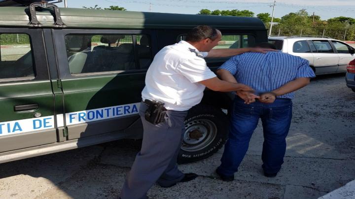 Un moldovean căutat de autorităţile franceze a fost reţinut la Vama Oancea