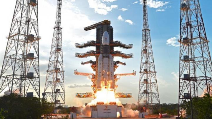 India a lansat cu succes cea mai grea racheta a sa de până acum, care cântărește cât 200 de elefanți