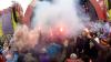 Festival împotmolit în nămol: 12 mii de maşini, blocate în noroi