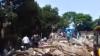 Clădire prăbușită în India: Nouă oameni, scoşi vii de sub dărâmături