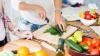 La ce pericole te expui dacă ţii dietă vara