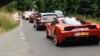 Cel mai scump ambuteiaj? 36 de mașini Ferrari valorând 7,2 milioane de dolari, au trecut în convoi pe lângă un camion oprit