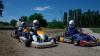 Adrenalină şi cauciucuri încinse: Douăzeci de amatori de senzaţii tari s-au întrecut la karting