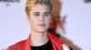 Interpretul Justin Bieber a lovit cu mașina un jurnalist care încerca să-i facă poze