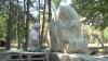 13 sculptori muncesc pentru a crea o alee a statuilor în parcul din Ungheni: Nu am mai văzut așa ceva în țară