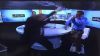 Bătaie cu pumni şi picioare ÎN DIRECT! Doi politicieni au transformat un studiou TV într-un ring de box (VIDEO)