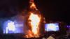 GROAZĂ la un festival de muzică din Barcelona. Scena A LUAT FOC. Peste 22 de mii de oameni, evacuaţi (VIDEO)