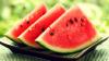 Sezonul măștilor din fructe s-a deschis. Pepenele roșu îți va reduce ridurile și va tonifia tenul