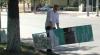 Susținătorii lui Năstase, FURIOŞI. Boxele cu scutece pentru liderul platformei DA, distruse (VIDEO)