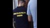 Atenţie la buzunare! O femeie, reţinută în flagrant delict de către polițiști (VIDEO)