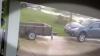 Fenomenal! O mașină a fost luată pe sus de vânt (VIDEO)