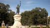 Anul 2018, declarat anul lui Ştefan cel Mare. Politicieni şi oameni de rând au depus flori la monumentul domnitorului