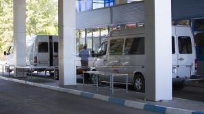 Transportatori ilegali, prinşi la vamă. Unii șoferi nu indică în documente destinația reală a călătorilor (FOTO)