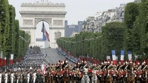 Franţa se îmbracă în straie de sărbătoare! Cine este invitatul de onoare la ceremonia Zilei Naţionale