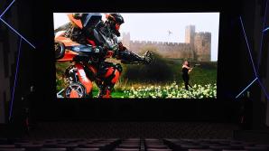 Samsung vrea să înlocuiască videoproiectoarele din cinematografe cu ecrane LED