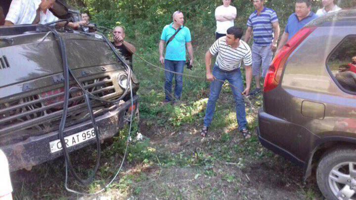 Accident grav pe traseul Odessa-Brest! Două persoane au fost traumate