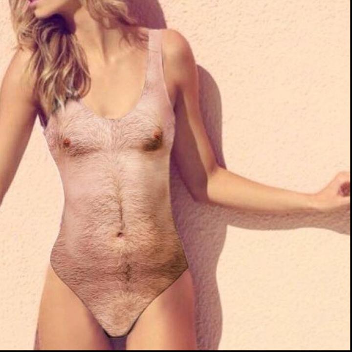 Un nou model de costum de baie, imită la perfecție pielea păroasă a bărbatului. Tu l-ai purta (FOTO)