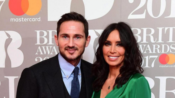 Jocuri sexuale în casa de lux a fotbalistului Frank Lampard. Reportaj sub acoperire al jurnaliștilor britanici (GALERIE FOTO)