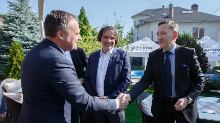 Andrian Candu a discutat cu membrii Asociației Investitorilor Străini despre dezvoltarea mediului de afaceri din Moldova